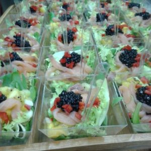 Cubitos de ensalada - Catering Domicilio Madrid
