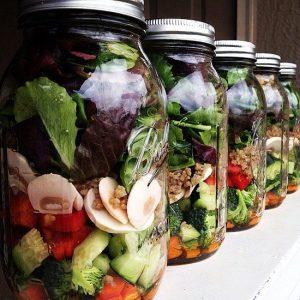 Ensalada en tarro - catering ensaladas a domicilio