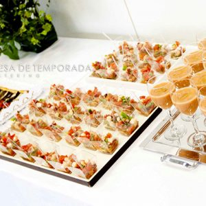 Coctel buffet catering eventos Madrid Mesa de temporada